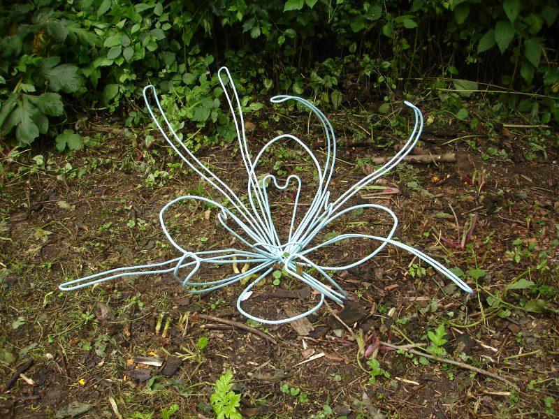 First bloom 2013 metaal poedercoat 120 x 120 x 70 cm